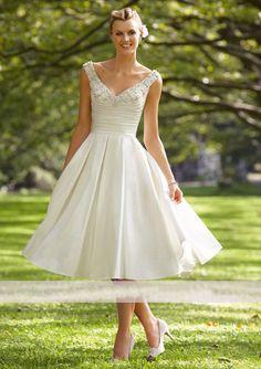 A-Linie V-Ausschnitt aus Satin mit Perlen Kurz Brautkleid