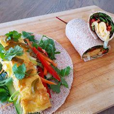 Edels Mat & Vin: Fullkornstortilla med osteomelett, masse grønnsake... Wine Recipes, Ethnic Recipes, Amp, Food, Cilantro, Essen, Meals, Yemek, Eten