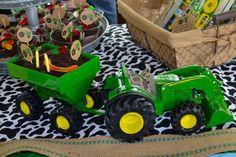 Johnny Tractor Birthday Party Plates | Johnny Tractor Birthday Party ...