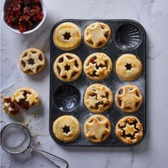 Bring on the festivities with the fruity flavours in these mince pies! Family Meals, Family Recipes, Mince Pies, Doughnut, Deserts, Muffin, Goodies, Baking, Breakfast