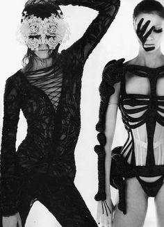 editorial byMert Alas and Marcus Piggott www.fashion.net