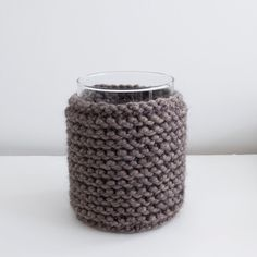 Hand knitted vase cozy brown by HomeSweetHomeDesign on Etsy, €22.50