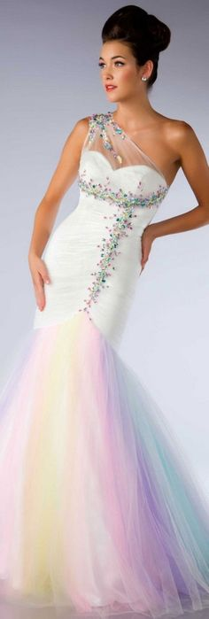 Rainbow tulle tlc s say yes to the dress wedding yes for Rainbow wedding dress say yes to the dress