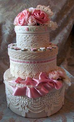 Shabby Chic Home Decor Shabby Style, Estilo Shabby Chic, Pretty Cakes, Beautiful Cakes, Manualidades Shabby Chic, Rose Bonbon, Diy Inspiration, Shabby Chic Crafts, Hat Boxes