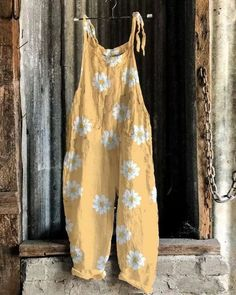 US$ 32.98 - Women Lace up Strap Multiflora Women Linen Jumpsuits - m.tangdress.com Painted Clothes, Casual Jumpsuit, Boho Look, Outerwear Women, Jumpsuits For Women, Daily Fashion, Types Of Sleeves, Lounge Wear, Sweaters For Women