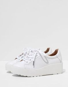 Classic sneakers #classy #white #sneakers #covetme