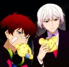 Hamatora || Nice vs Art. The two have been friends since meeting each other at Facultas Academy. Even after Nice dropped out and they were separated, they maintained a close friendship as shown when Art wanted to protect Nice.