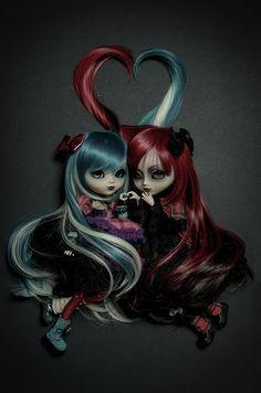 Dark Fantasy Art, Beautiful Fantasy Art, Art Sombre, Elfen Fantasy, Doll Drawing, Art Mignon, Dark Artwork, Gothic Fairy, Gothic Dolls