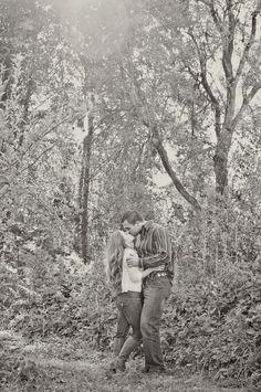 Oak Glen Portrait and Wedding Photographer – Hailey & Richard : Engaged!! » Blair Nicole Photography #Rustic #Engagement #OakGlen #Pose #Romantic #Apple #picking