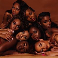 """""""Raven was not letting the girls breathe in the early if we being honest"""" Beautiful Black Girl, Pretty Black Girls, Black Girl Art, Black Girl Magic, Dark Skin Beauty, Black Beauty, Brown Skin Girls, Brown Eyes, Black Girl Aesthetic"""