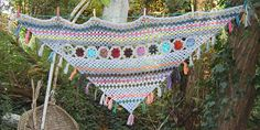 Ravelry: Flowers for Nelly pattern by molli woodtagger