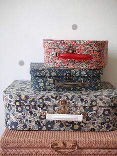 Liberty Art Fabrics, Liberty Print, Craft Storage, Storage Boxes, Liberty Of London, Trends, Beautiful Bags, Textures Patterns, Krabi