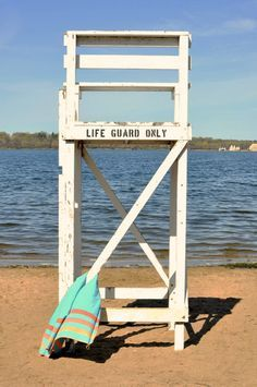 Wooden Lifeguard Chair Plans - WoodWorking Projects u0026 Plans & 12 best lifeguard chair images on Pinterest | Lifeguard chair Free ...