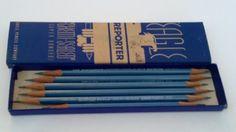 Vintage EAGLE REPORTER 300 EAGLE PENCIL CO. PENCILS in Box B