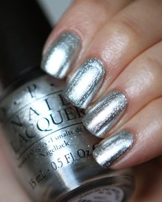 OPI Turn On The Haute Light 15ml | #EssentialBeautySwatches | BeautyBay.com