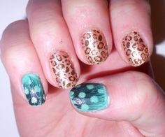 Wild Thang Nails - Cheetah and real feathers ladyalayna.tumblr.com