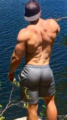 Men's Butts & Other Hot Things Hot Rugby Players, Gay, Men Beach, Beach Guys, Men Photography, Athletic Men, Athletic Body, Man Bun, Male Physique