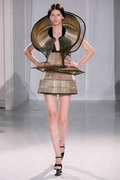 Sculptural Fashion - intricate 3D curved dress form; fashion architecture; wearable sculpture // Iris van Herpen, haute couture