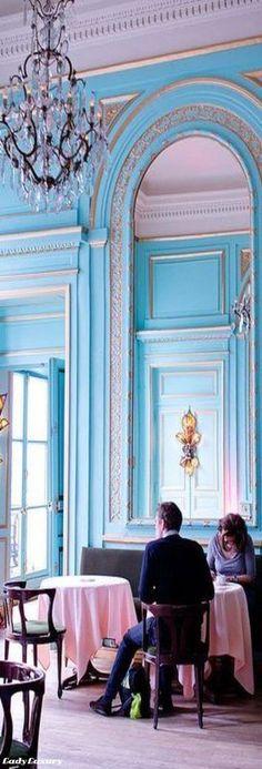 Le salon bleu - Maxim\'s | Salons, Turquoise and Interiors