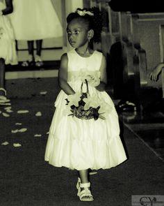 Flowergirl Girls Dresses, Flower Girl Dresses, Wedding Dresses, Fashion, Dresses Of Girls, Bride Dresses, Moda, Bridal Gowns, Fashion Styles