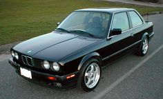 1987 BMW 3 Series Pictures: See 411 pics for 1987 BMW 3 Series. Browse interior and exterior photos for 1987 BMW 3 Series. Pontiac Gto, Chevrolet Camaro, Mustang Cars, Ford Mustang, Classic Chevy Trucks, Classic Cars, Bmw 325, Bmw 3 Series, New Trucks