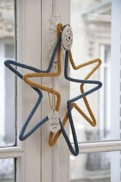 Etoiles ocre et bleu  #Mot en #laine / #wool #word