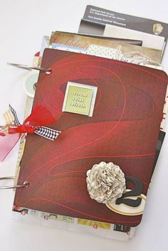 A really neat way to quickly scrapbook a trip.  Good for something that has lots of memorabilia or two sided items that you want to show off.