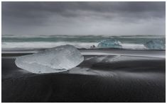 The diamond beach / Jökulsárlón - Iceland Has Got a Diamond Beach