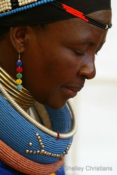 женщина ндебеле Африка / Faces of Africa - Ndebele women, Pilgrims Rest © Shelley Christians