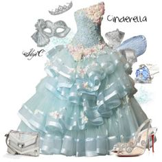 Outfit inspired by the character Cinderella (Disney) Disney Prom, Disney Dress Up, Disney Outfits, 15 Dresses, Elegant Dresses, Pretty Dresses, Beautiful Dresses, Beautiful Beautiful, Maskerade Outfit