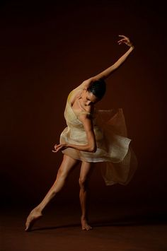 Ballerina / Bailarina / Балерина / Dancer / Dance / Ballet  ...basically I just really want her legs...