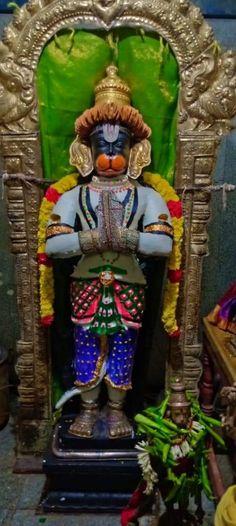 Lord Hanuman Wallpapers, Hanuman Images, Shri Hanuman, Sri Rama, Om Sai Ram, Indian Gods, Devotional Quotes, Cartoon, Christmas Ornaments