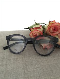 107eeb348a4 Dior eyewear on www.eyecatchonline.com Find the Dior optical and sunglasses  on www