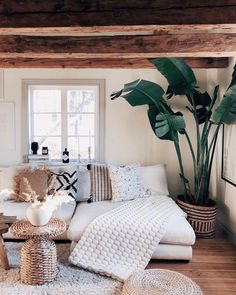 Having small living room can be one of all your problem about decoration home. To solve that, you will create the illusion of a larger space and painting your small living room with bright colors c… Small Living Room Decor, Farm House Living Room, Room Design, Room Interior, Boho Living Room, Living Room Ideas 2019, House Interior, Apartment Decor, Living Decor