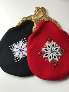 Made by Inger Johanne Wilde Norwegian Clothing, Renaissance Clothing, Beadwork, Cross Stitch Patterns, Ethnic, Coin Purse, Dolls, Wallet, Beads