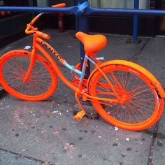 Look at the bike! Its Orange! (even bikes are now in color orange)