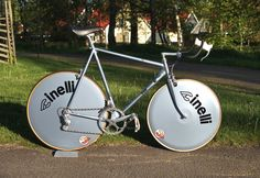 Klicke auf dieses Bild, um es in vollständiger Größe anzuzeigen. Bicycle Lights, Bike Chain, Bicycle Components, Cool Bicycles, Bicycle Design, Vintage Bikes, Road Bikes, Cycling Outfit, Vintage Italian