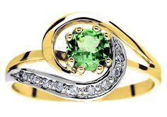 Niezwykły złoty pierścionek z tsavorytem i brylantami 0,09 ct - wspaniały pomysł na zaręczyny! - GRAWER W PREZENCIE | PIERŚCIONKI ZARĘCZYNOWE \ Brylanty \ Tsavoryt od GESELLE Jubiler
