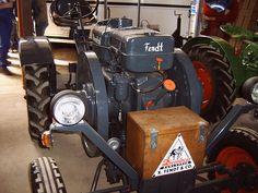 Fendt Dieselross by Louis 09, via Flickr