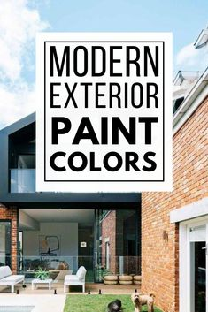 Must see modern exterior paint color combinations that work so well together! Paint your home's exterior with confidence after being inspired by these great modern color schemes. Best House Colors Exterior, Exterior Paint Color Combinations, Best Exterior Paint, Modern Color Schemes, House Paint Exterior, Exterior Paint Colors, Modern Colors, Modern Exterior, Good House