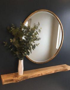 flur Bronze round mirror with eucalyptus leaves and a floating oak shelf - # Oak Shelf # Eucalyptus Leaves Album Design Services . Home Entrance Decor, House Entrance, Entryway Decor, Living Room Decor, Bedroom Decor, Wall Decor, Flur Design, Hallway Designs, Hallway Decorating