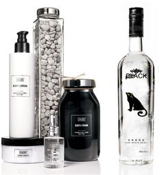 Packaging design inspiration | Black and white