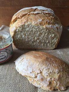 Dieses Brot ist so wunderbar schlicht , dass es an Perfektion nicht zu toppen ist . Den...
