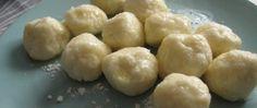 Tvarohové knedlíčky jako od babičky Czech Recipes, Ethnic Recipes, Czech Desserts, Beste Burger, Pretzel Bites, Stew, Side Dishes, Vegan Recipes, Potatoes