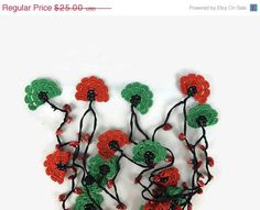 MOTHERS DAY Red and Green  Oya Flowers Crochet Lariat by Nakkashe
