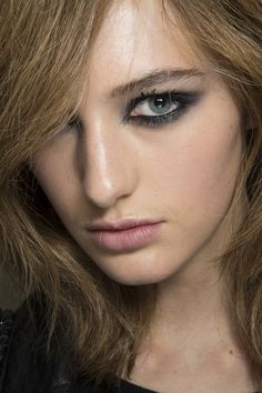 Tom Ford at London Spring 2015 (Backstage). http://votetrends.com/polls/369/share #makeup #beauty #runway #backstage