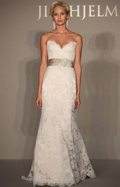 love this lace wedding dress! The waist band in a blush/coral.... Omg!