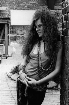 Janis Joplin: made bangles, beads and boas quinessential 60's