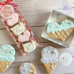 #valentinescookies hashtag on Instagram • Photos and Videos