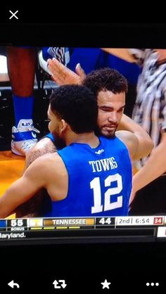 BFFs University Of Ky Basketball, Wildcats Basketball, University Of Kentucky, Kentucky Wildcats, College Basketball, Karl Towns, Karl Anthony Towns, Kentucky Sports, Kentucky Basketball